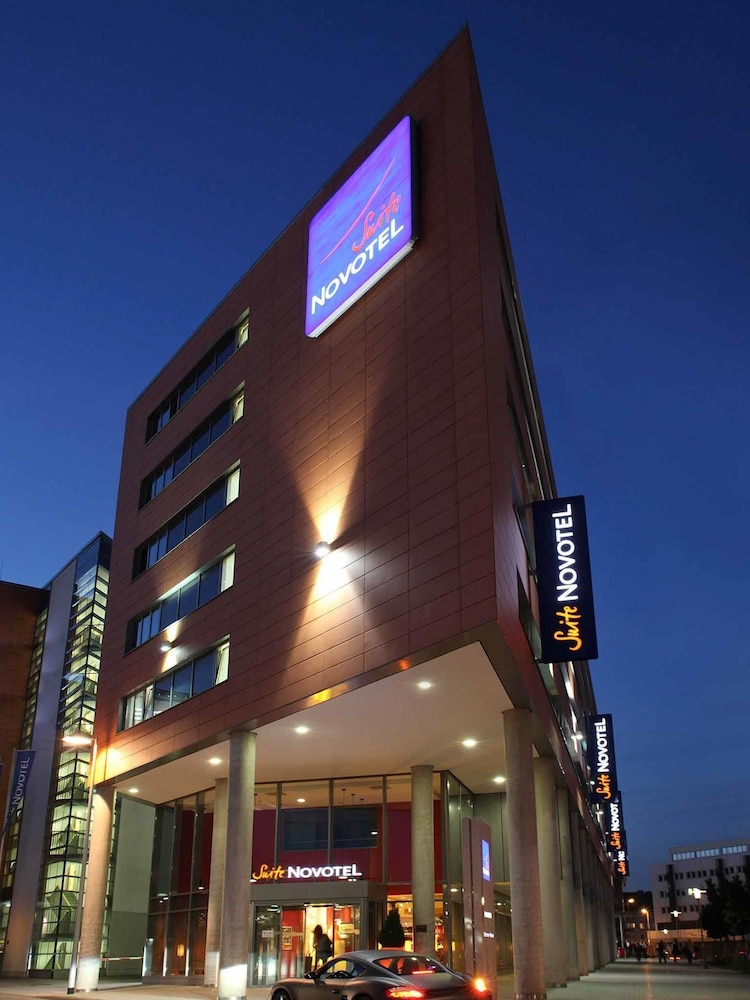 Novotel suites hannover in hannover hotel rates for Hannover hotel