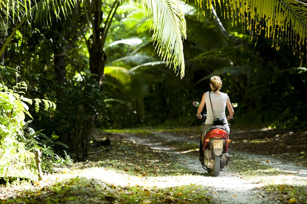 Scooter/Moped, Pacific Resort Rarotonga