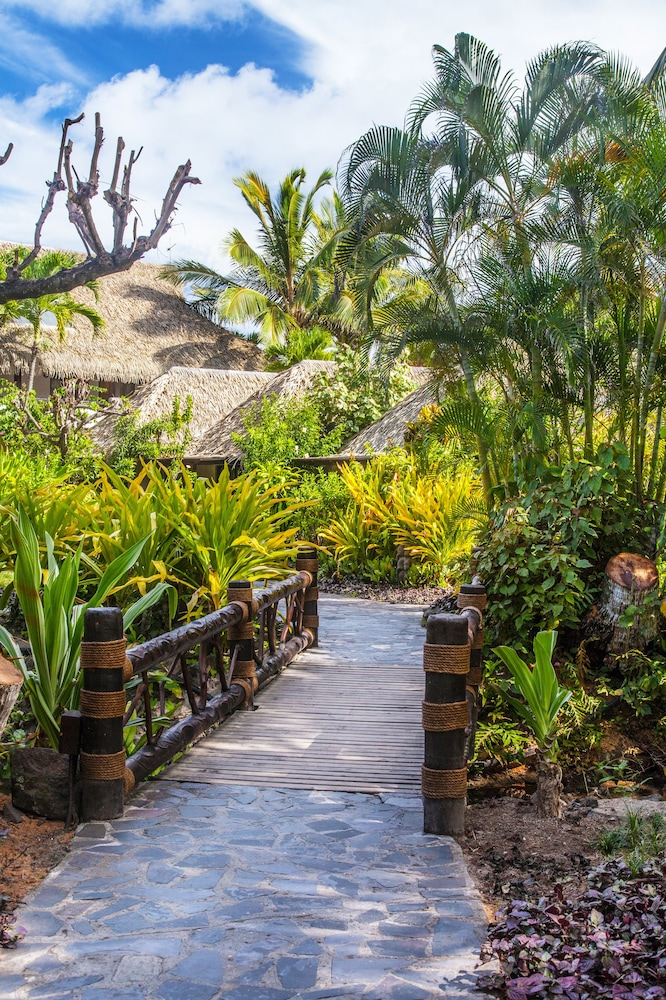 Property Grounds, Pacific Resort Rarotonga