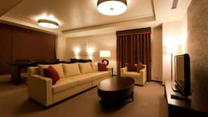 Down duvets, in-room safe, desk, rollaway beds