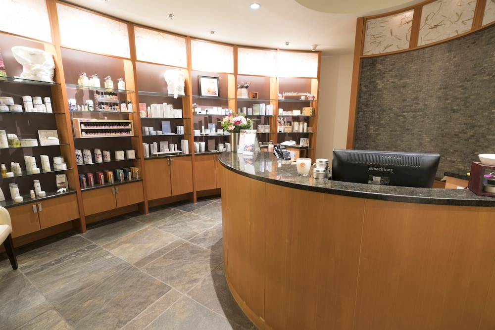 Spa Reception, Brentwood Bay Resort & Spa