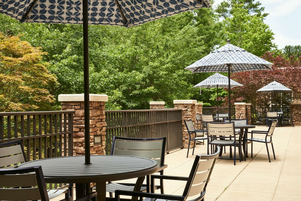 Terrace/Patio, Hilton Garden Inn Columbus