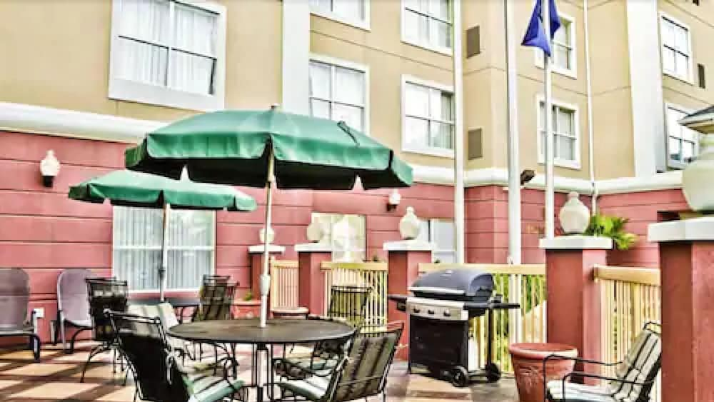 BBQ/Picnic Area, Homewood Suites by Hilton Columbia