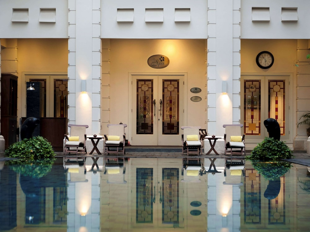 Pool, The Phoenix Hotel Yogyakarta - MGallery Collection