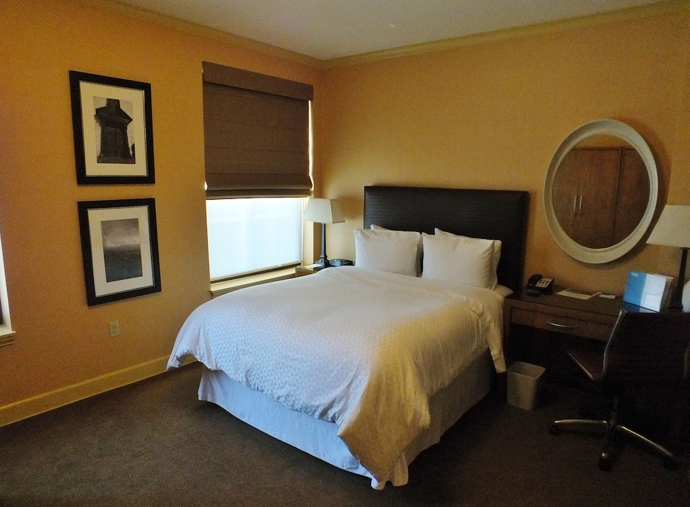 Room, Four Points by Sheraton San Jose Downtown