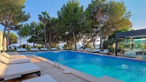 Indoor pool, 2 outdoor pools, open 10:00 AM to 6:30 PM, pool loungers