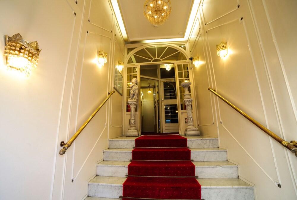 Hotel de paris amsterdam deals reviews amsterdam for Deal hotel paris