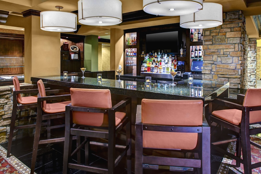 Bar, HYATT house Branchburg