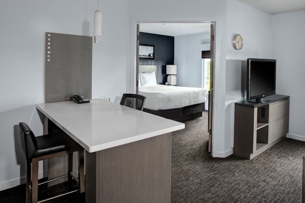 Room, HYATT house Branchburg