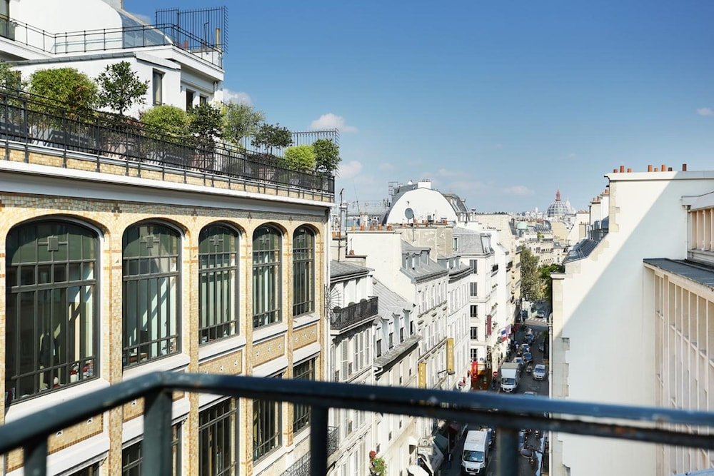 Hotel D Angleterre Champs Elysees Paris France