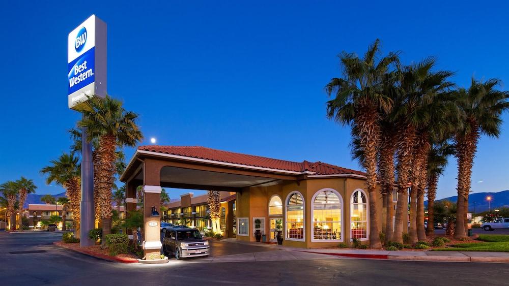 Brilliant Best Western Mesquite Inn In Mesquite Hotel Rates Home Interior And Landscaping Oversignezvosmurscom