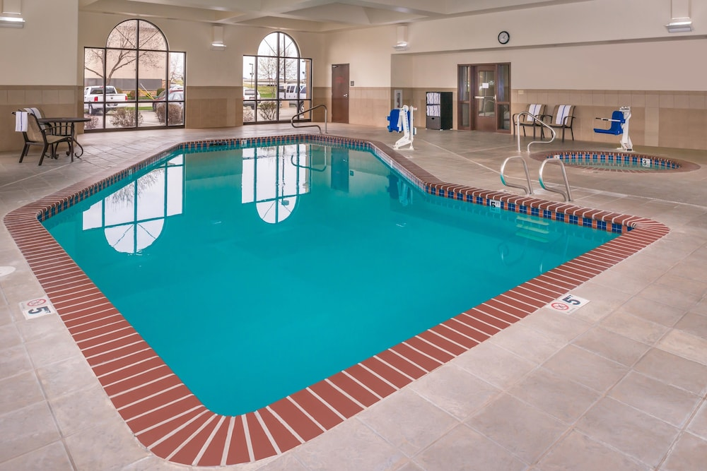 Pool, Hampton Inn & Suites Boise-Meridian