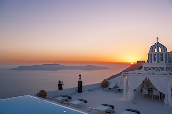 Firostefani, Thira, 847 00, Santorini, Greece.