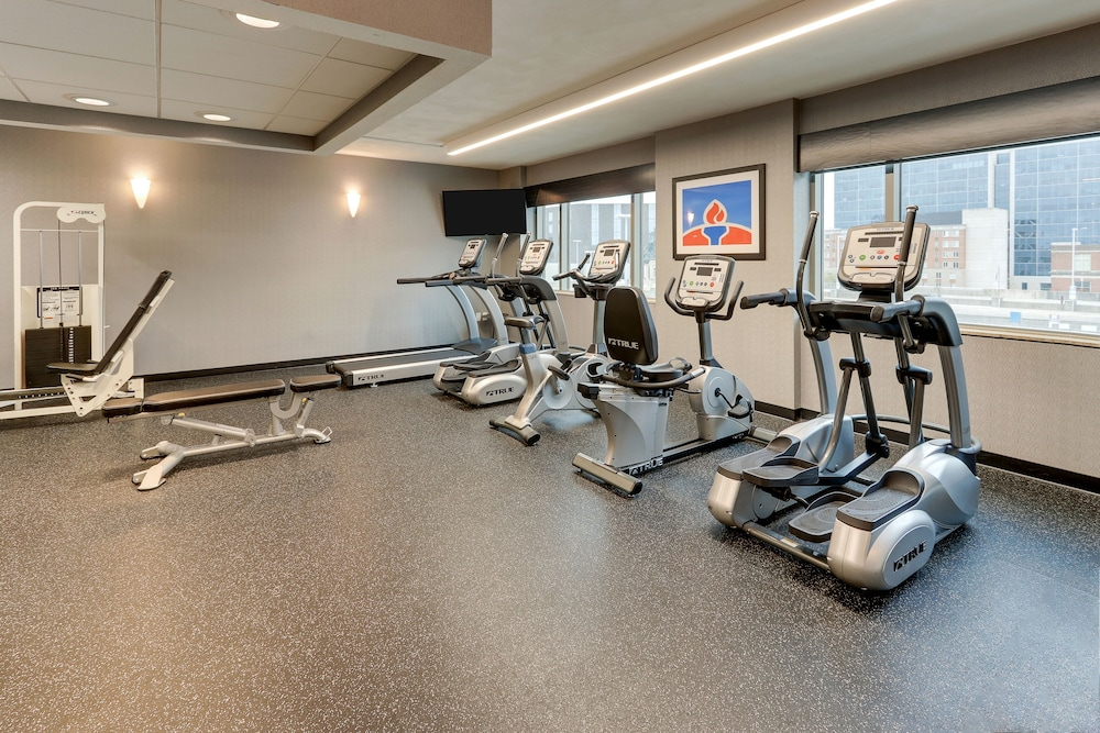 Gym, DoubleTree by Hilton St. Louis Forest Park