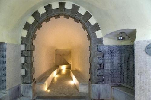 Antico Albergo Terme, Bagni di Lucca: 2018 Reviews & Hotel Booking ...