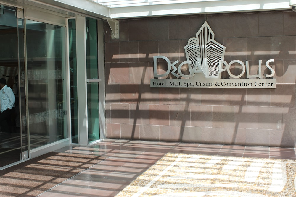 Property Entrance, Decapolis Hotel Panama City