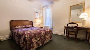 Caja fuerte, tabla de planchar con plancha, camas supletorias (de pago)