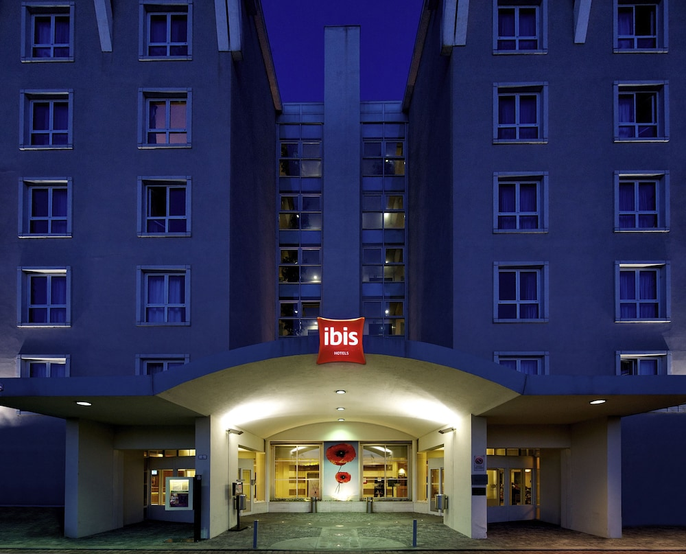 ibis Firenze Nord Aeroporto - Reviews, Photos & Rates - ebookers.com