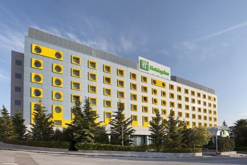 Holiday Inn Athens Attica Av. Airport West