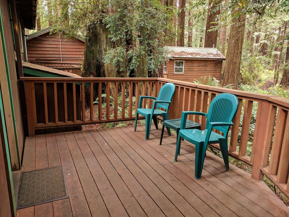 Terrace/Patio, Emerald Forest Cabins