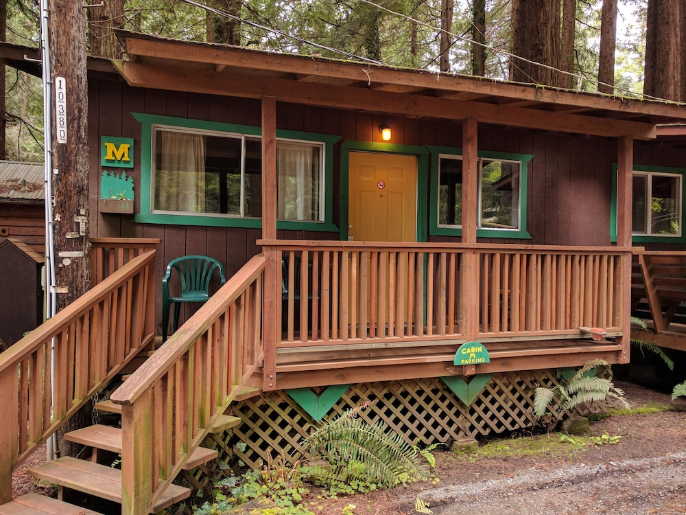 Exterior, Emerald Forest Cabins