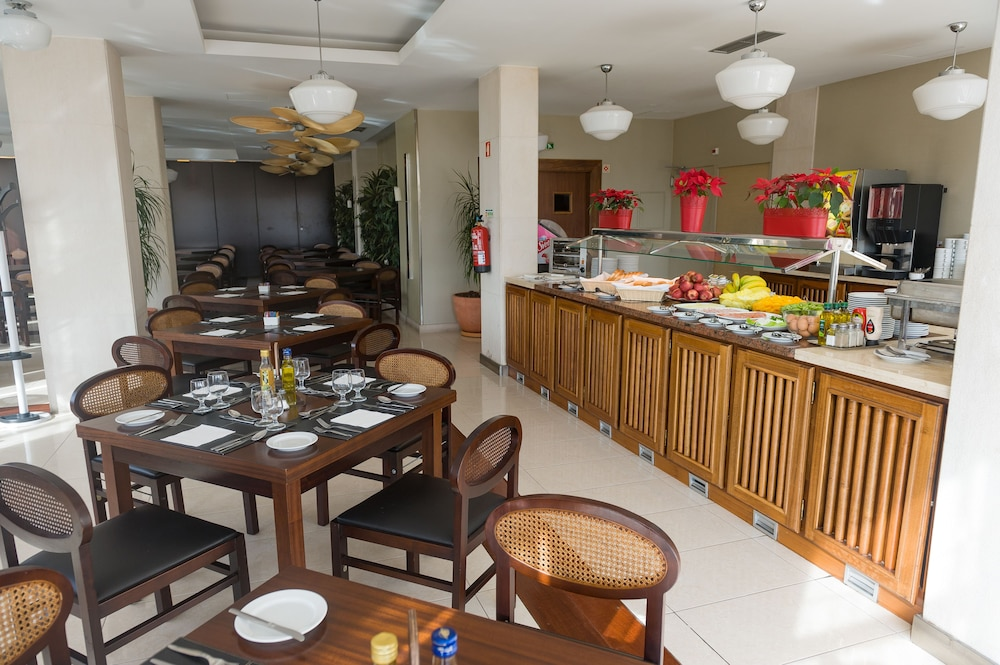 Food and Drink, Amazonia Jamor Hotel