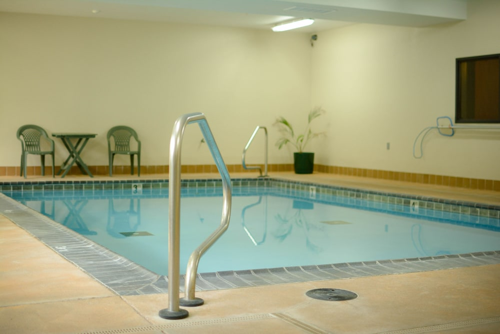 Indoor Pool, Clatskanie River Inn