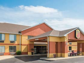 Super 8 by Wyndham Troy IL/St. Louis Area