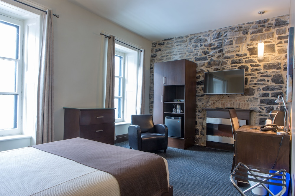 Room, Hôtel Sainte-Anne