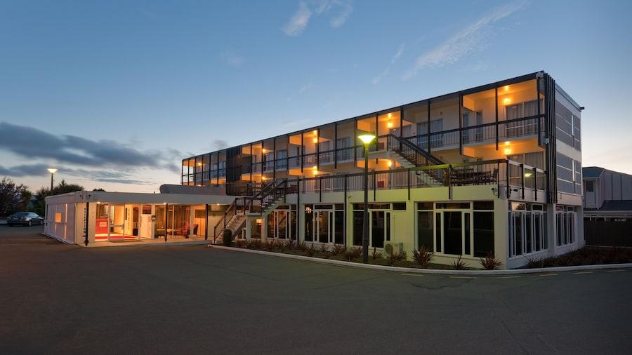 The Riccarton Hotel