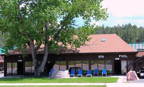 Great Place to stay Chief Motel near Custer
