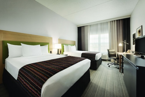 Country Inn & Suites by Radisson, Coralville, IA