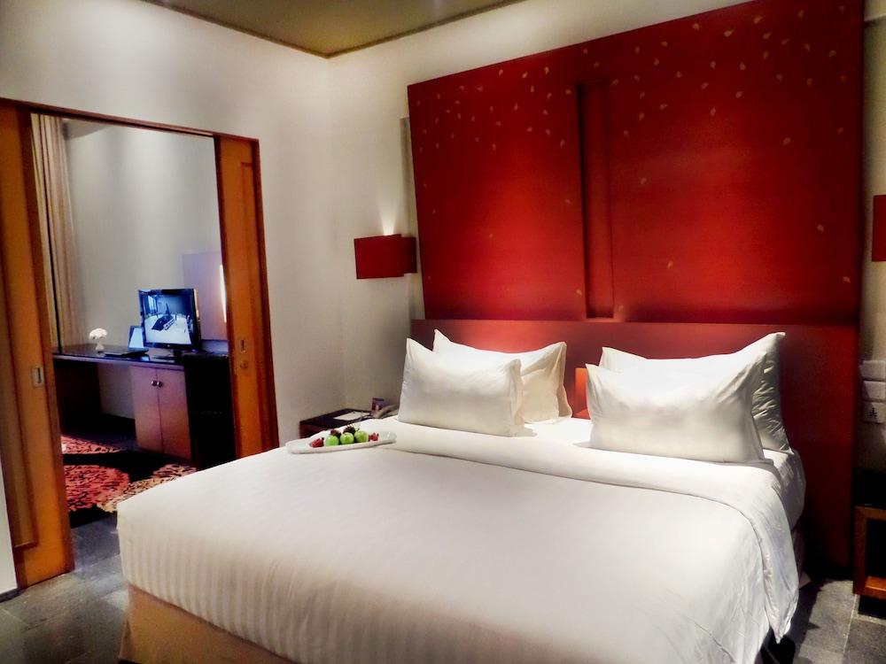Novotel Palembang Hotel Residence In, Michael Kors Bedding Sumatra Comforter Sets