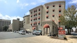 Legacy Hotel and Suites - Little Rock Hotels