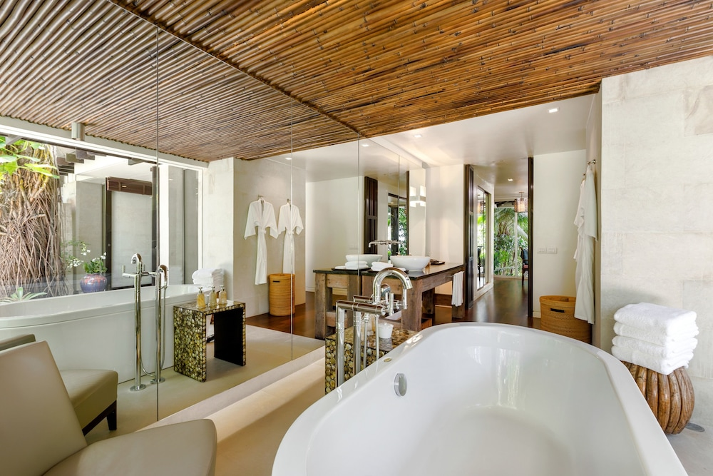 Bathroom Amenities, Trisara Villas & Residences Phuket