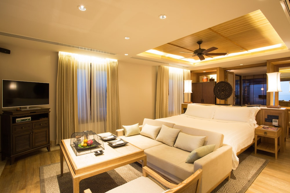 Living Area, Trisara Villas & Residences Phuket