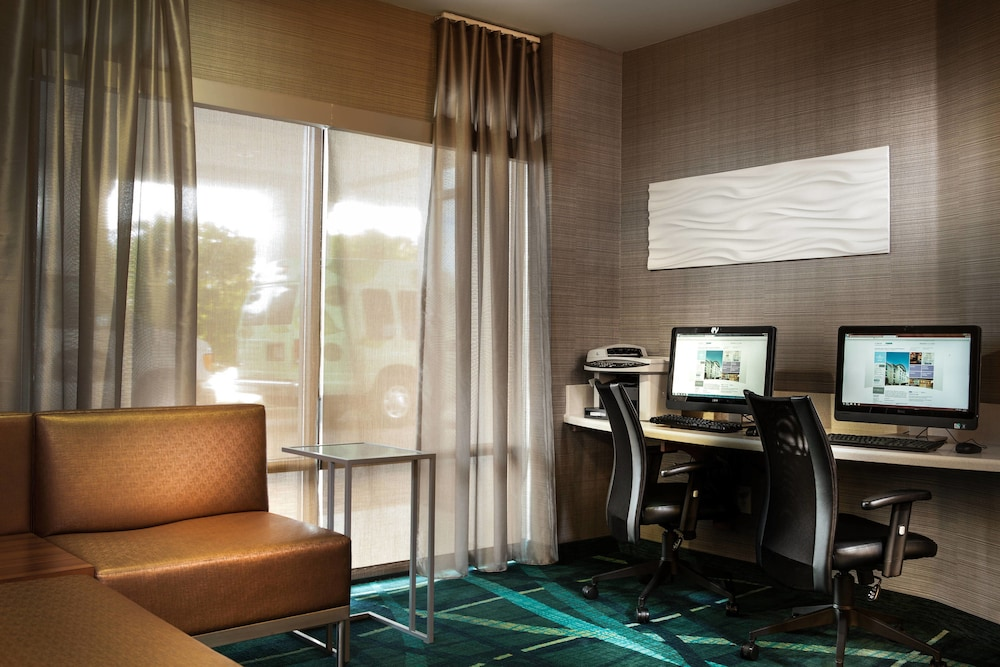 Business Center, SpringHill Suites by Marriott Dallas DFW Airport N/Grapevine