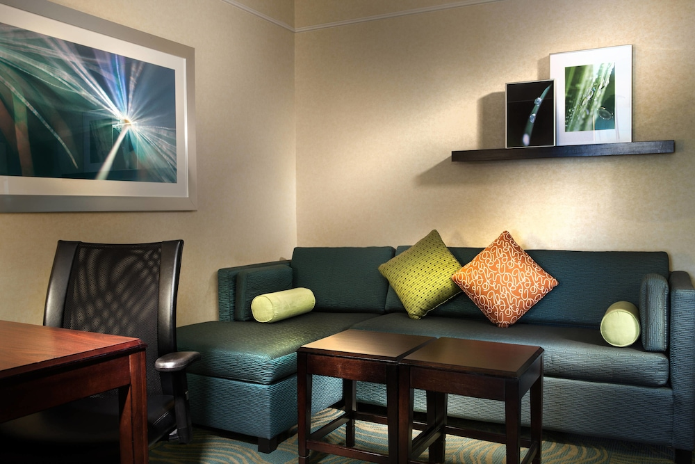 Room, SpringHill Suites by Marriott Dallas DFW Airport N/Grapevine