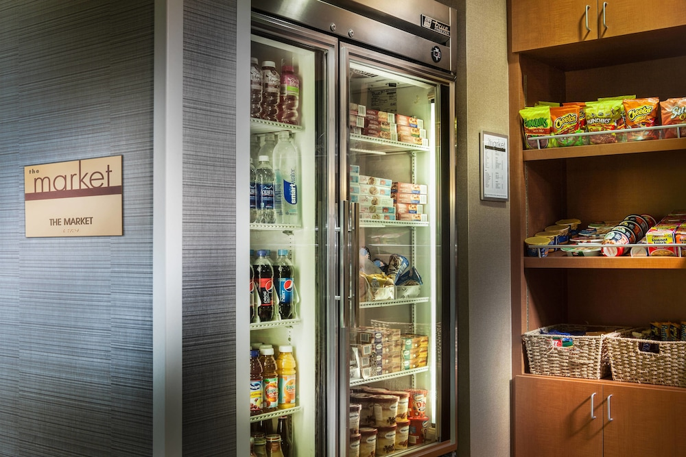 Gift Shop, SpringHill Suites by Marriott Dallas DFW Airport N/Grapevine