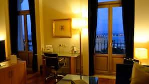 1 Schlafzimmer, Zimmersafe, Schreibtisch, Verdunkelungsvorhänge