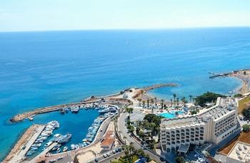 The Golden Coast Beach Hotel