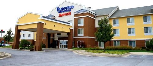 Fairfield Inn Suites By Marriott Fairmont