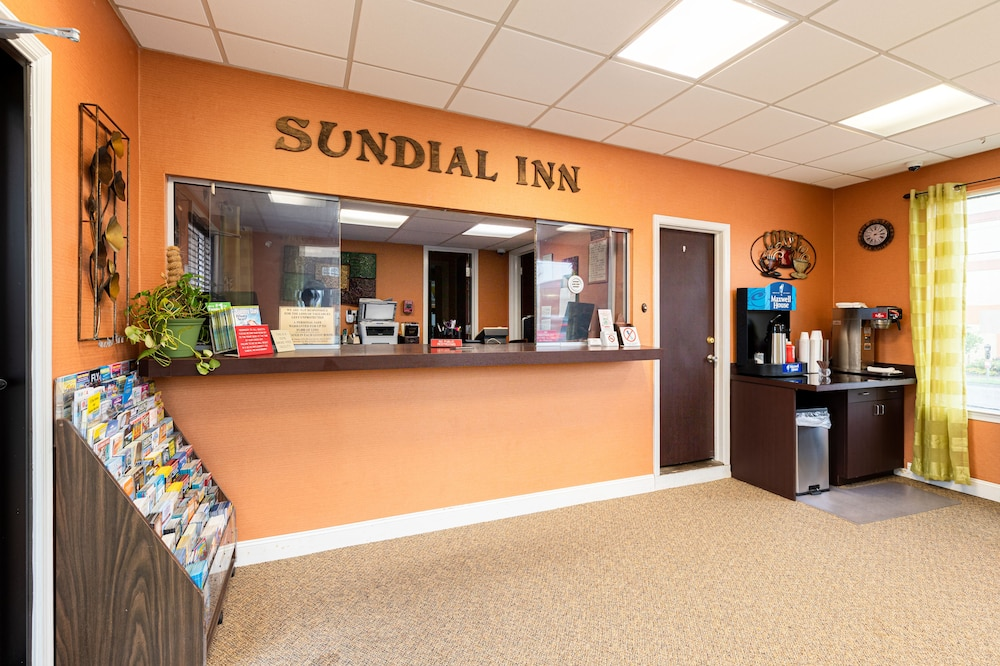 Sundial Inn in Norfolk - Virginia Beach, VA | Expedia
