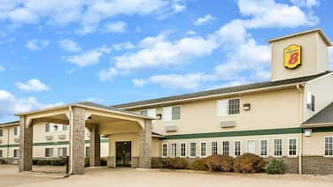 Super 8 by Wyndham Neillsville WI