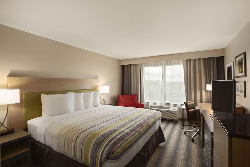 Room, Country Inn & Suites by Radisson, Lewisburg, PA