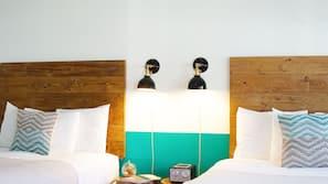 Premium bedding, down comforters, minibar, iron/ironing board