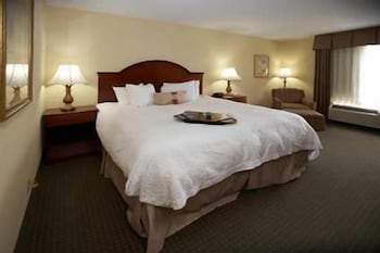 Room, Hampton Inn & Suites Wilson I-95