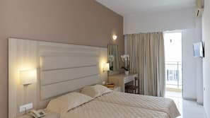 Egyptian cotton sheets, pillow-top beds, in-room safe, desk