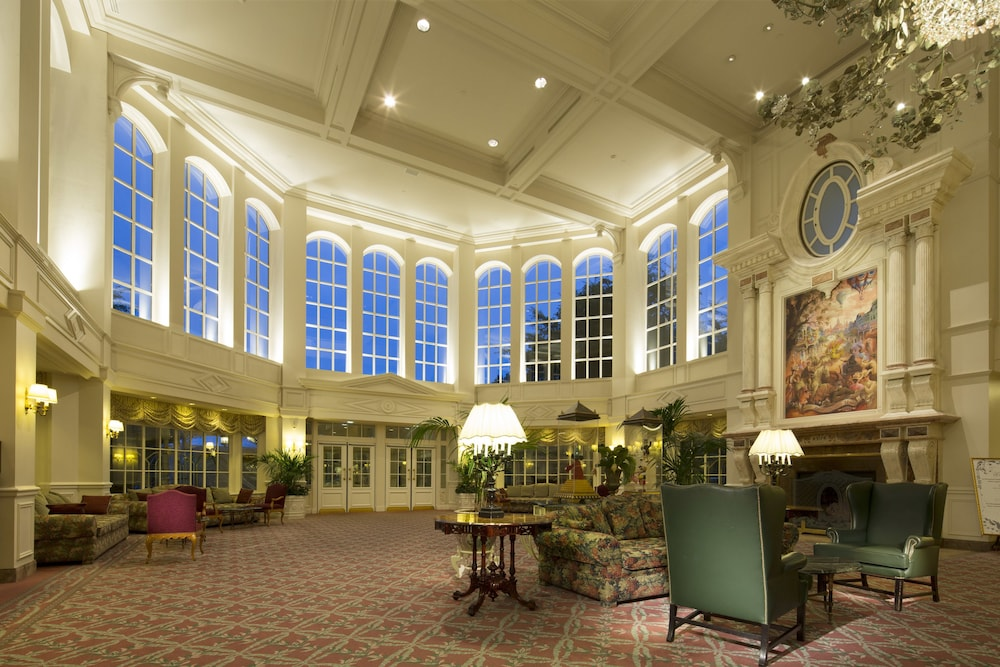 Disneyland hotel reviews photos rates ebookers currently selected item publicscrutiny Choice Image