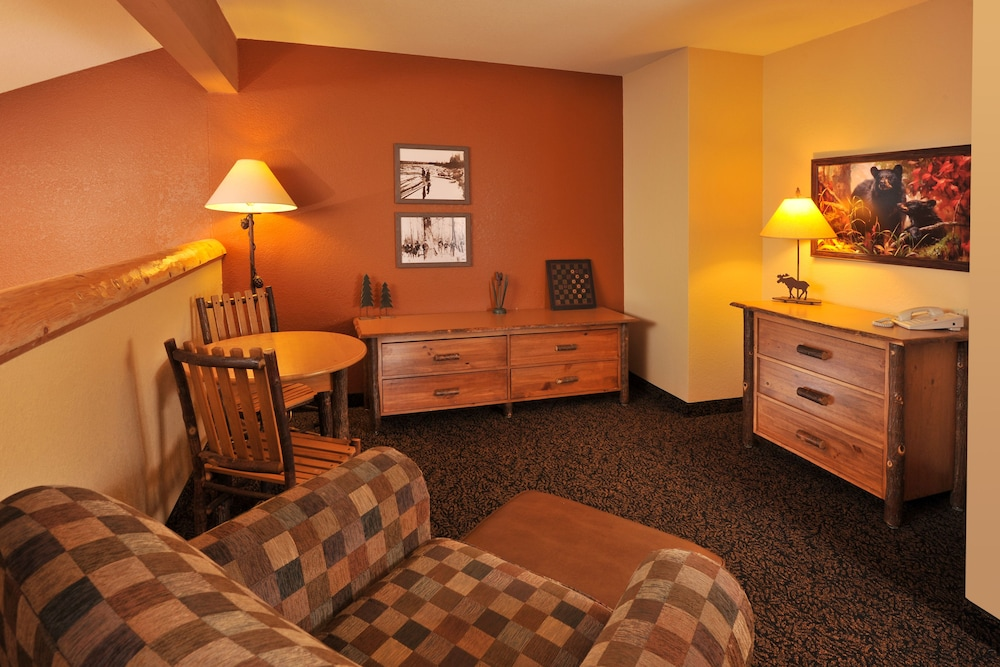 Room, Grand Lodge Hotel Wausau - Rothschild